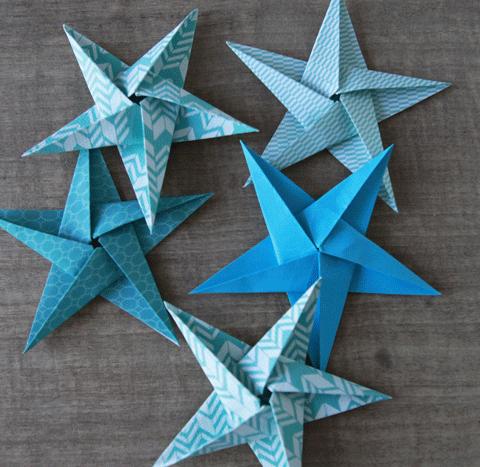 Réaliser un origami étoile en forme d'étoile perlet de mettre sa maison à l'heure de Noël