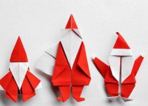Réaliser un origami noel en forme de père noel sera parfait pour le réveillon